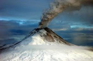 Augustine_Volcano_Jan_12_2006_edited-1